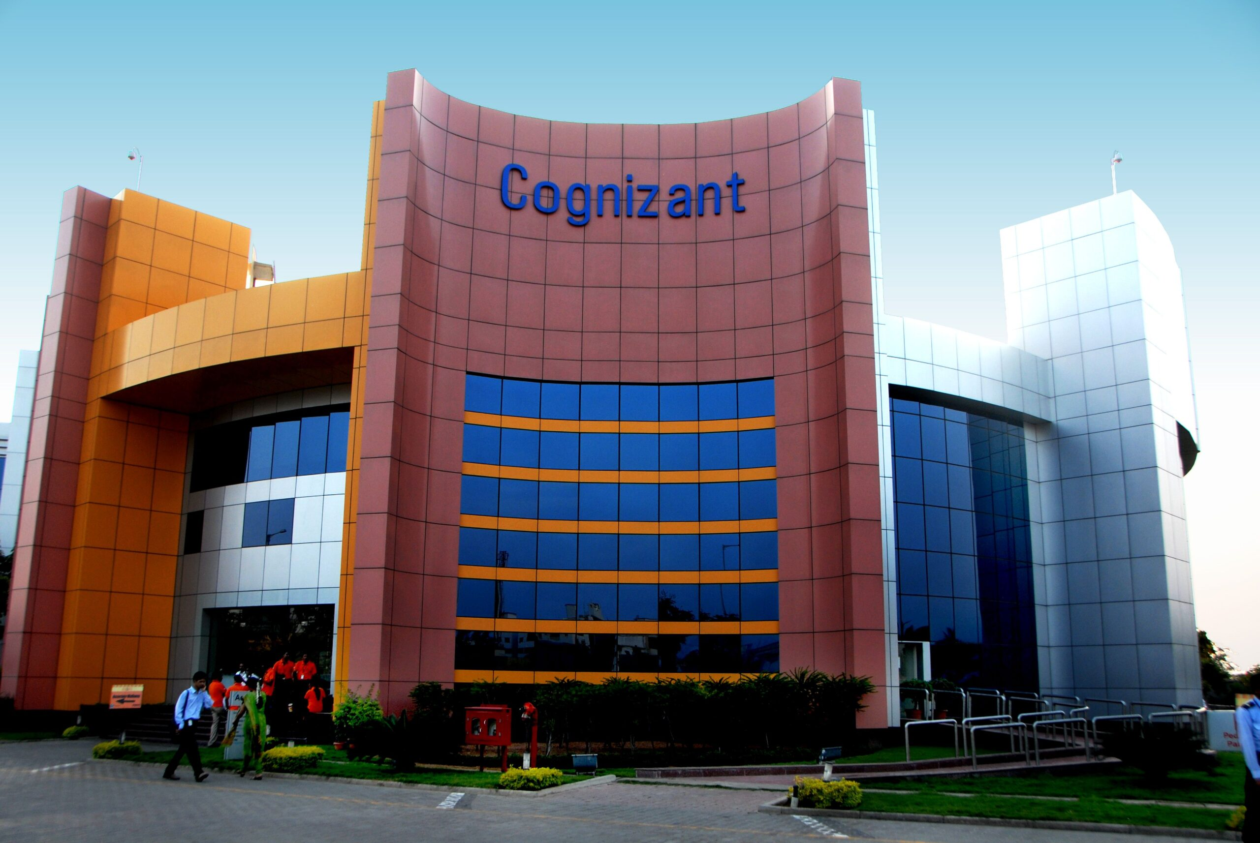 Photo of Cognizant offers top execs 6-9 months' pay for voluntary exit