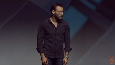 Photo of No One is Born with Self-Confidence | Simon Sinek