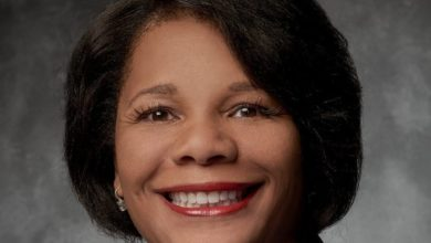 Photo of From Receptionist to CEO: Ramona Hood Appointed as FedEx's First Black CEO