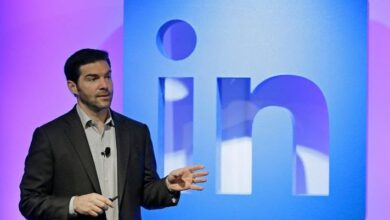 Photo of LinkedIn CEO Steps Down To Focus On Increasing Network Diversity