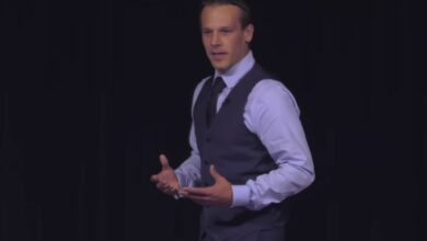 Photo of How to Deal with Difficult People | Jay Johnson | TEDxLivoniaCCLibrary