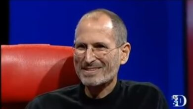 Photo of Steve Jobs talks about managing people