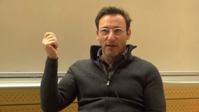Photo of The Two Ways of Seeing the World | Simon Sinek